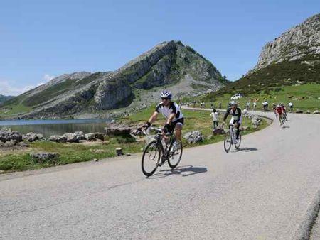 Classic Cyclo-tourism Lagos de Covadonga