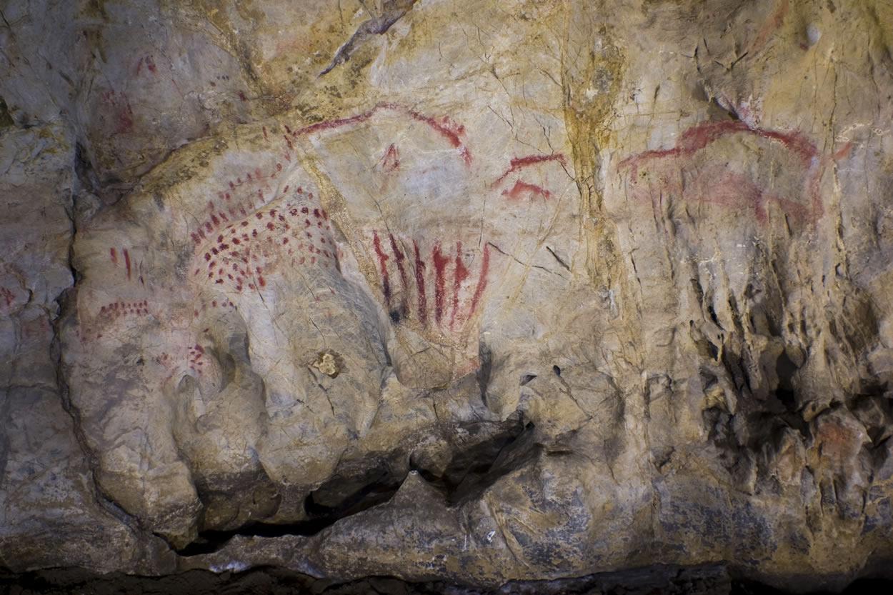 Cueva del Pindal, a rock sanctuary