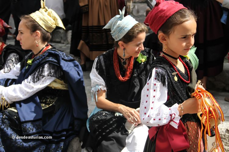 The traditional festivities of Llanes