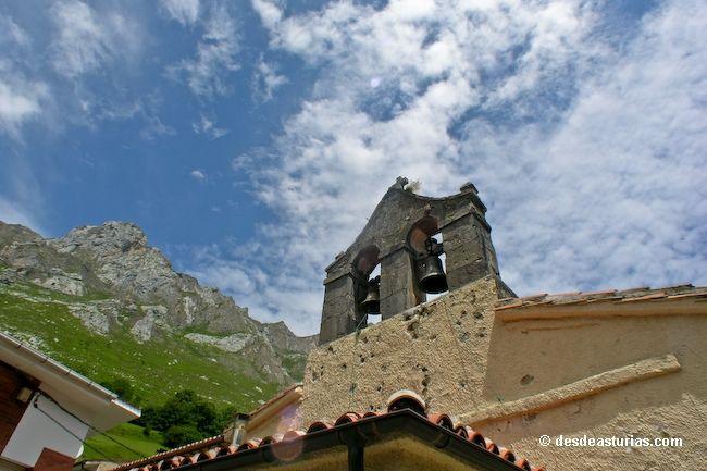 Tielve de Cabrales, a village in the mountains