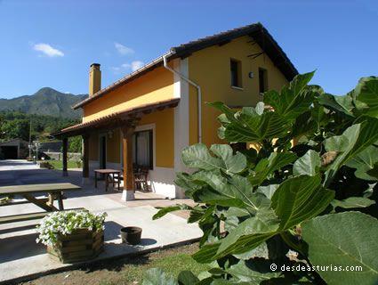 Rural house La Higar