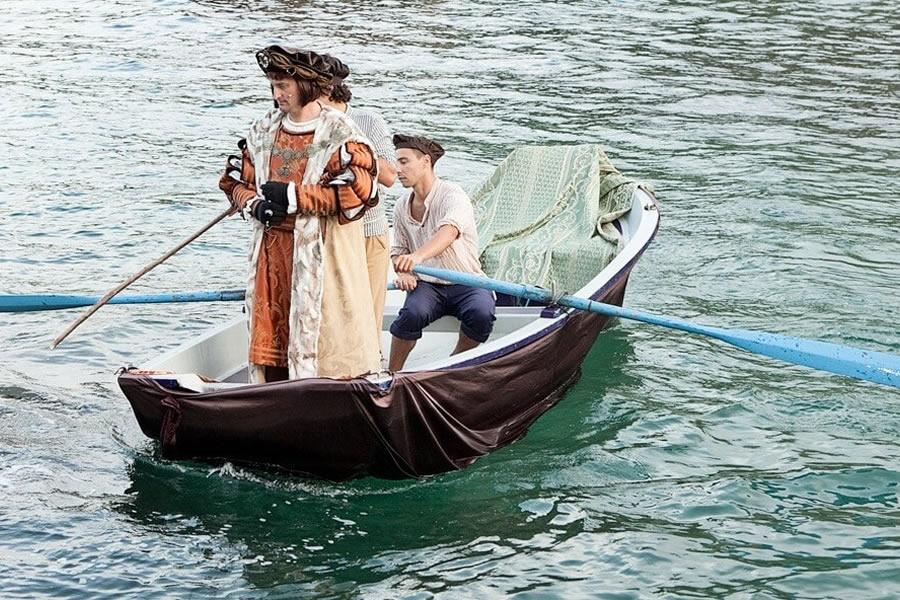 Débarquement de Carlos V dans des bols