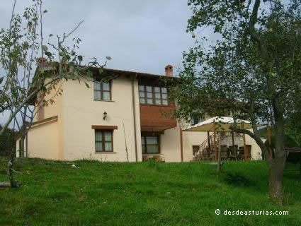 Rural house El Corru