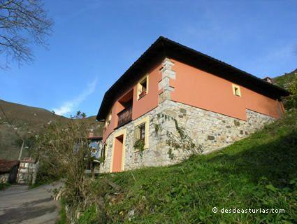El Cantón Village House
