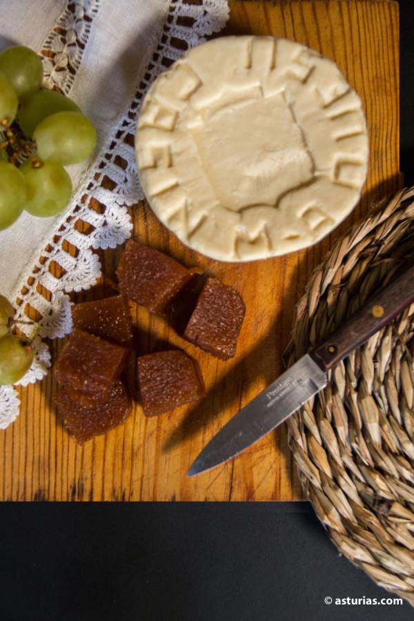 Quesos asturianos venta online. Venta de queso Casín online.