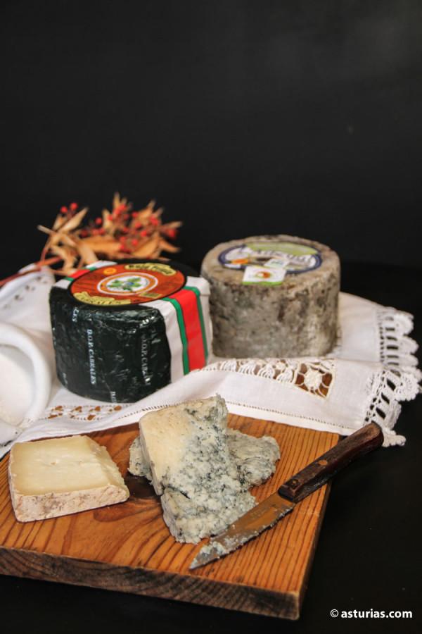 Queso Cabrales y queso Gamonéu